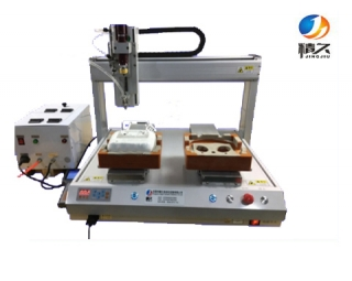 Blowing screw machine